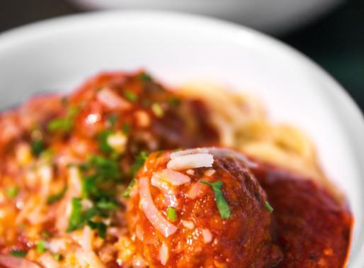 "Vegan ""Meatballs"" in Tomato Sauce"