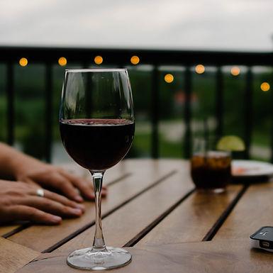 Een blog over te dure wijn, angst en irritatie