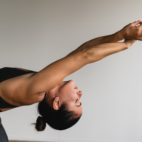 Discover ways to relieve allergy & sinuses with yoga & deep stretches