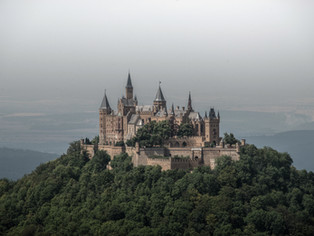 Castle-hunter