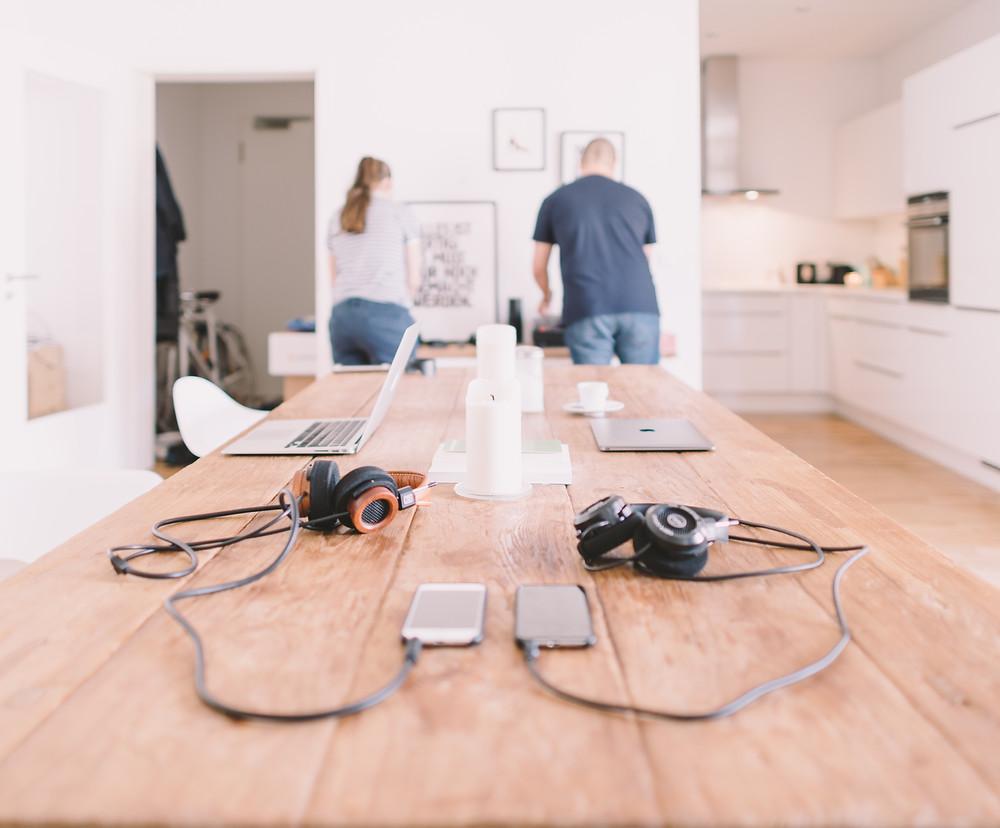 laptops, cohabitation, apartment, real estate