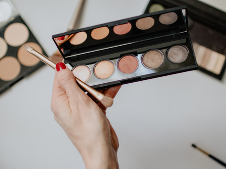Eye Shadow - Top 12 Tips On How To Apply It Perfectly