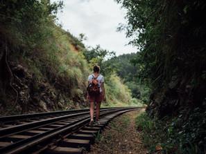 Collegare via ferro gli scali di Trapani e Comiso, dove non ci sono voli, né passeggeri