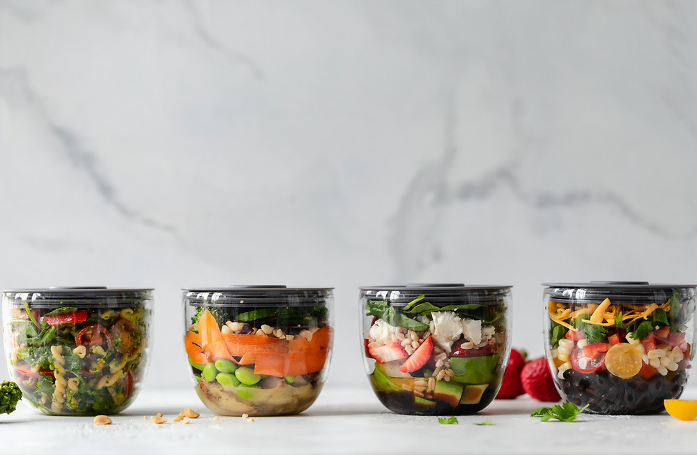 glass containers with food