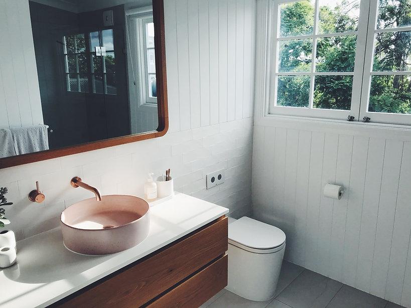 betonwaschbecken-rund-rosa-waschtisch-innenausbau-raumkonzepte.jpg