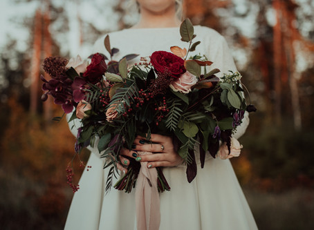 The Best Flowers for a September Wedding?
