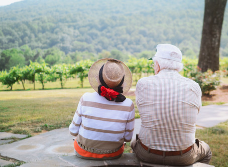 4 Things You Can Do to Help Your Parents Transition to Medicare