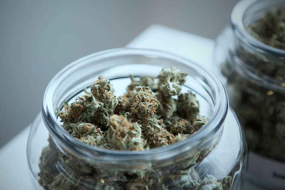 Moisture Prevention: Store Your weed Well