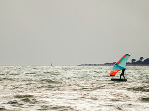 Foil Surfing und Wing Surfing lernen in Bayern