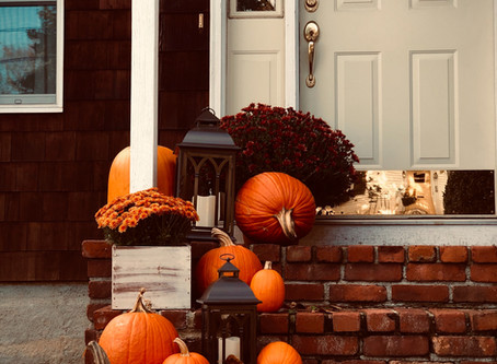 Decorate Your Front Porch with Fall Flowers
