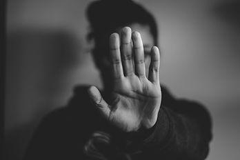 Gott wird von vorneherein ausgeschlossen! Stop, Gott, Hand, Geste