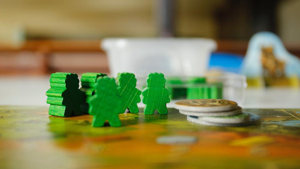 juegos de mesa, educacion financiera, niños emprendedores