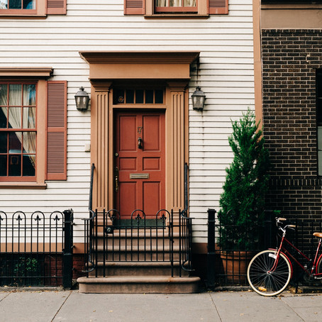 Your Guide to Renters Insurance: What it Covers, What It Costs and Who It Protects