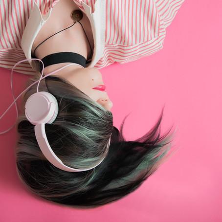Escuta erótica: orgasmo ao pé do ouvido
