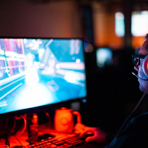 Alienware ha fabricado el primer monitor OLED de 55 pulgadas del mundo