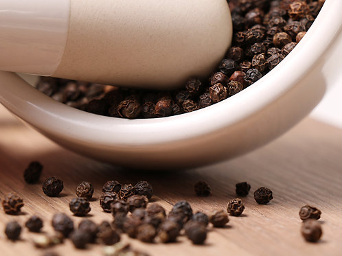 Black pepper corns [per 100g]