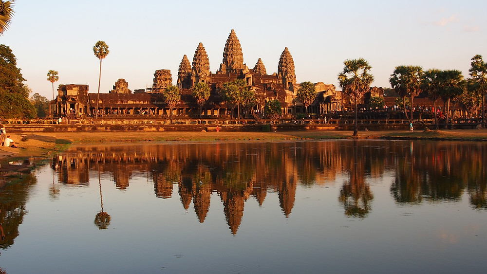 """Fall in love with the """"Pearl of Asia"""" -- Cambodia!"""
