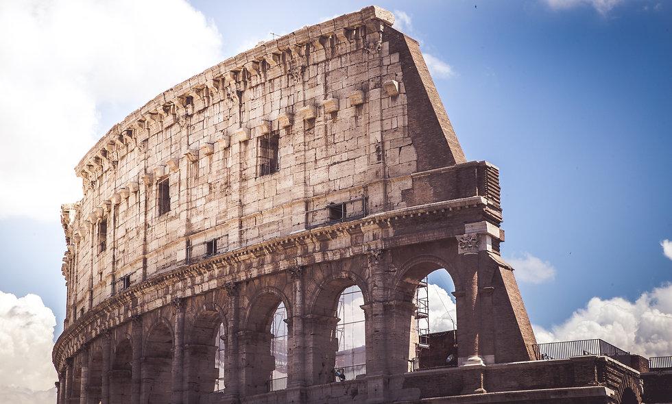 Il Colosseo: storia e storie di un monumento fuori dal comune