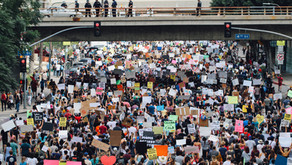 Should cops be tweeting about protests?