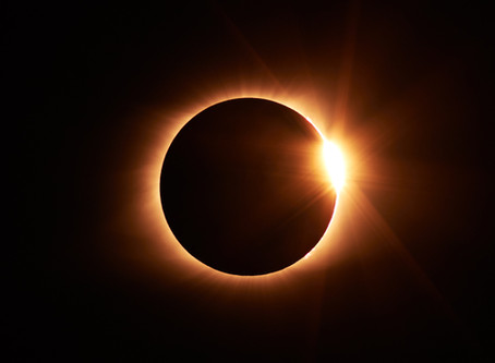 The Eclipse Did What I Was Too Afraid To Do: A Lesson On Fear After My Husband Ghosted Me