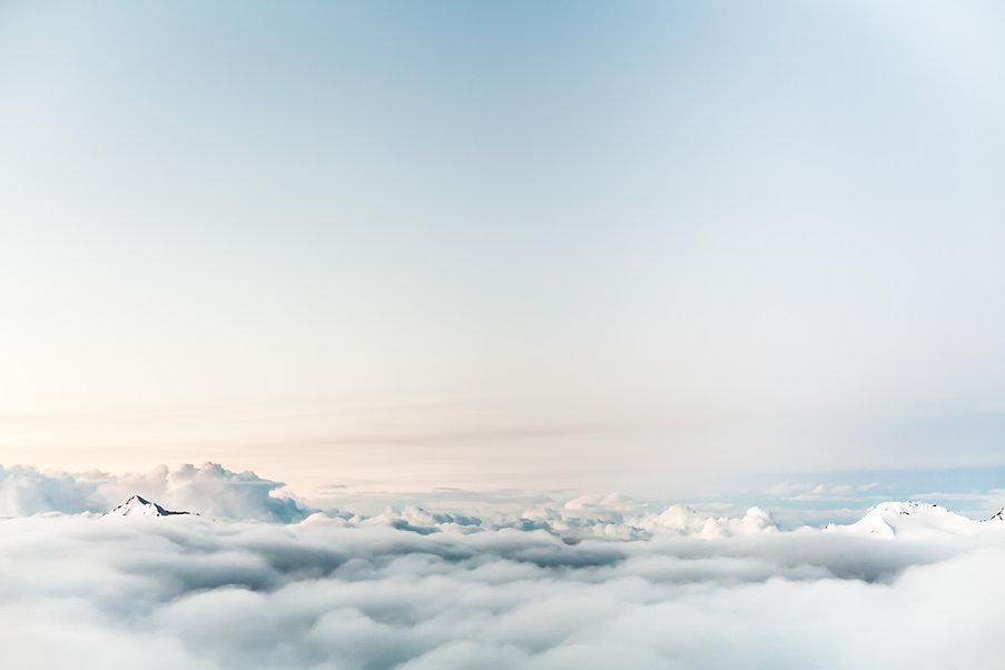 Montagnes et nuages, Dominik Schröder