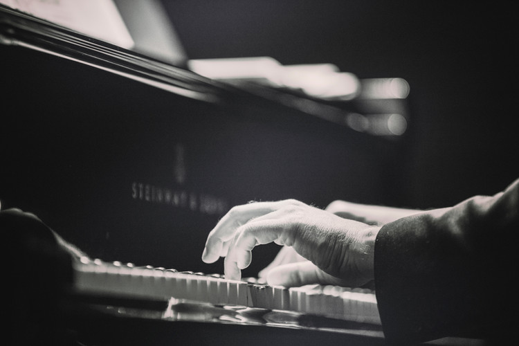 Performance on Steinway Grand by Dolo Iglesias