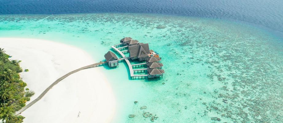 Na caça de turistas, Ilhas Maldivas prometem vacinar visitantes