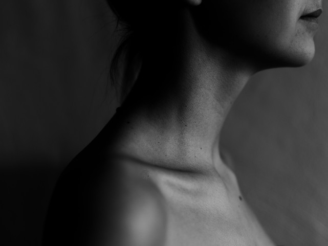 Decolletage Therapy