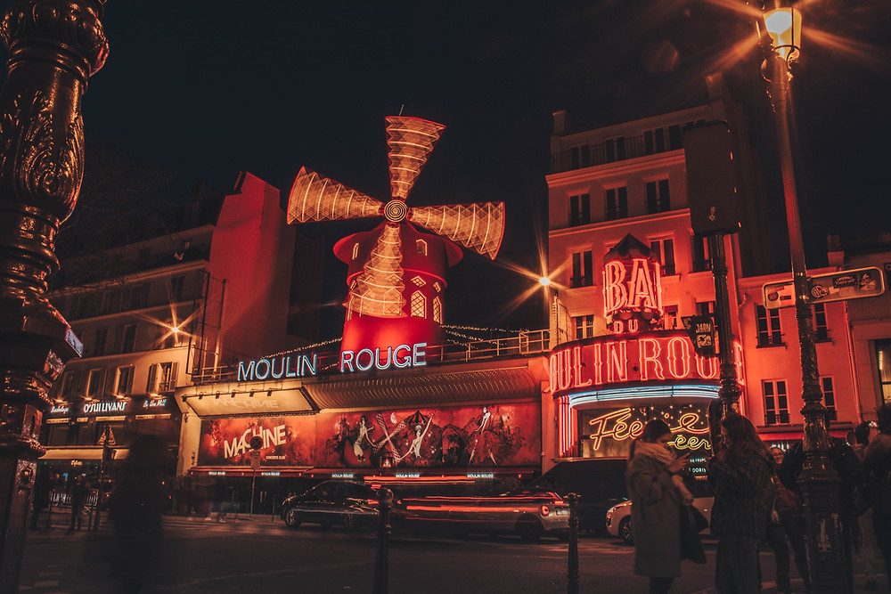 the iconic Moulin Rouge