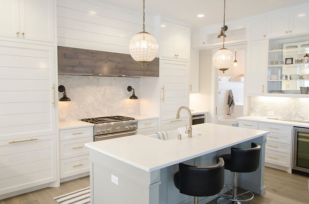 Modern white kitchen is sparking clean after Fresh Nest Green Cleaning Services in Kelowna did a professional house cleaning.