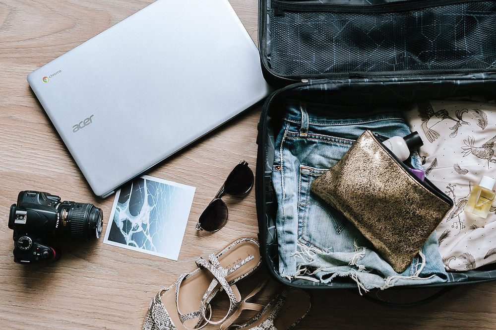 Minimalist packing for traveling tips and hacks in abroad journey