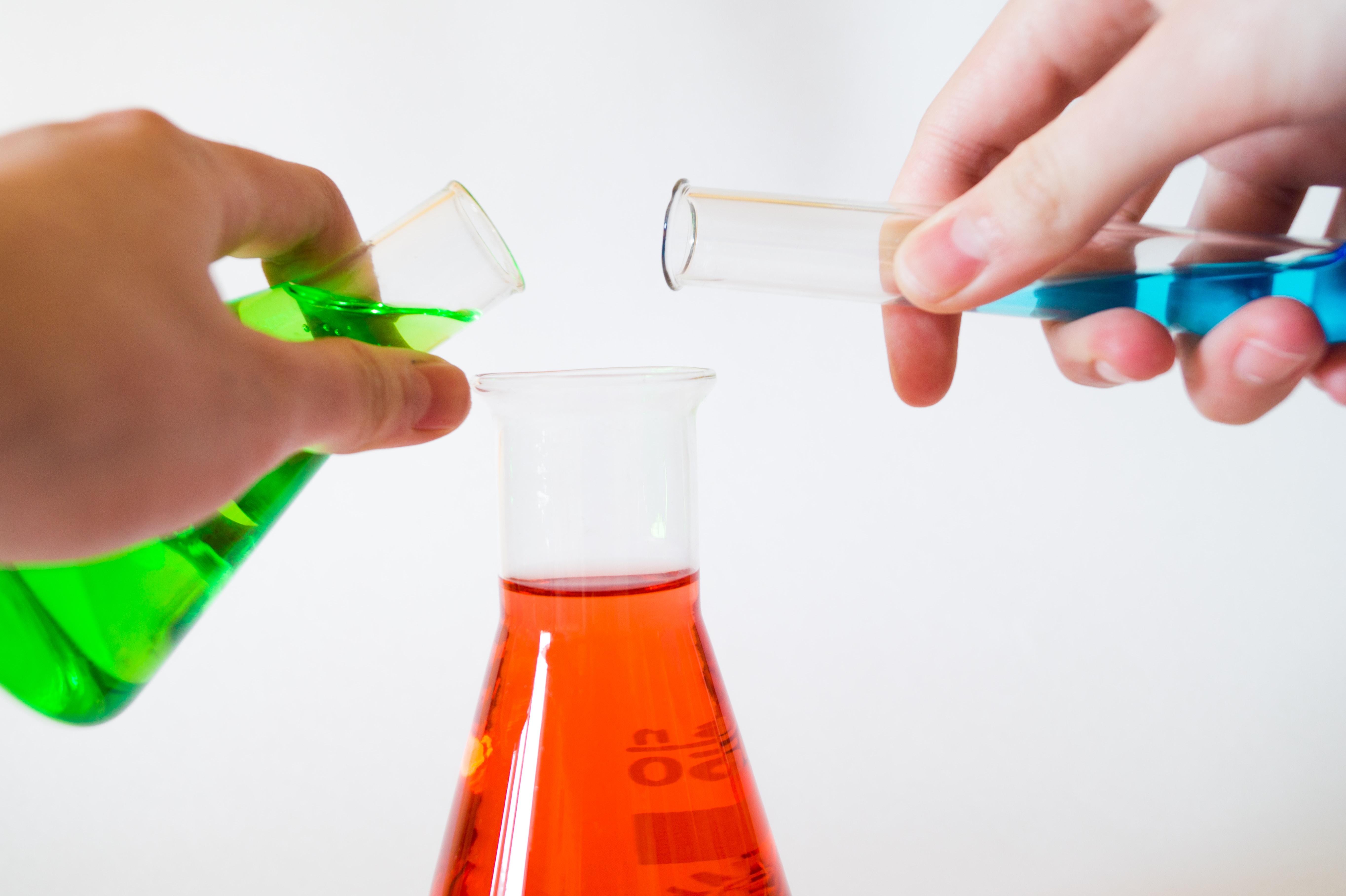 CHEMICALS, PHARMACEUTICALS & PLASTIC