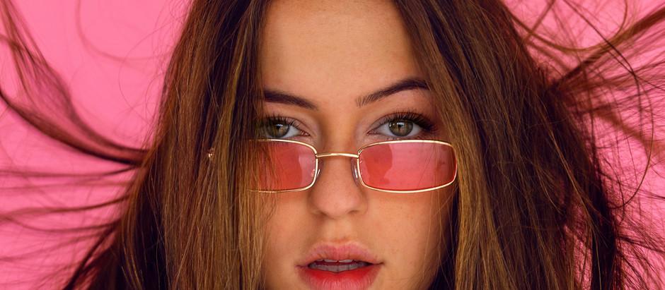Frage 122: Rosarückblickbrille