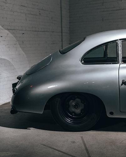 exclusive / vintage cars
