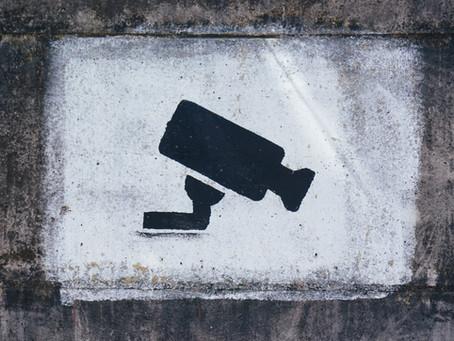 Cos'è uno spyware? Il virus che si frega i tuoi dati spiegato semplicemente