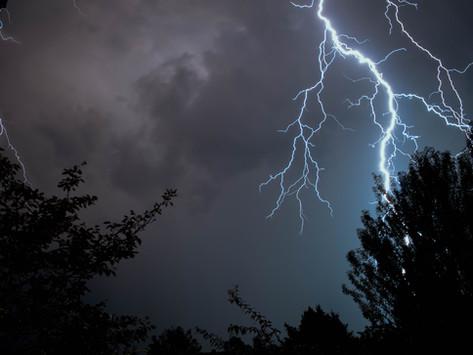 La tremenda folgore di Zeus.