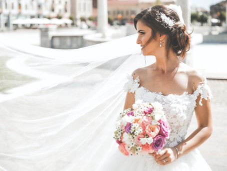 How to Find Your Wedding Hairstyle
