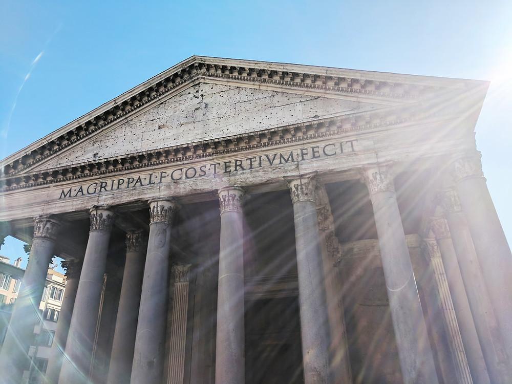 entrada do panteao em Roma