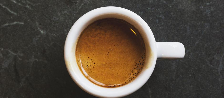 Notte insonne? Meglio evitare il caffè la mattina dopo per un migliore metabolismo glucidico