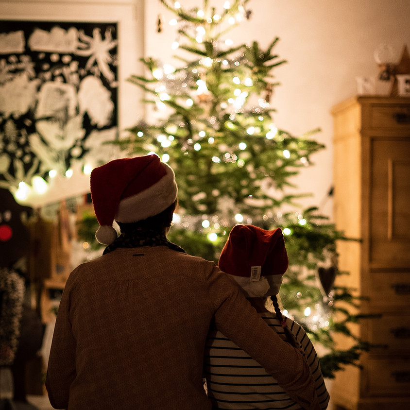 """STRONG _____ LEAD """"Holiday Movie Hack"""" SCENE NIGHT (& Fireside Chat)"""