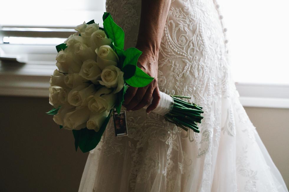 Elegant white roses bridal bouquet