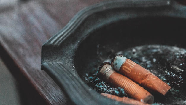 喫煙室や火災現場、動物施設などの消臭除菌作業に