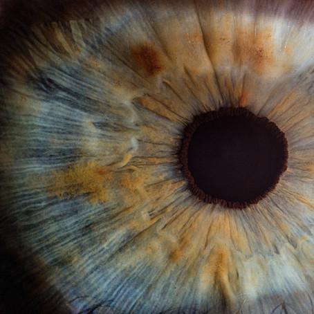 Punainen silmä