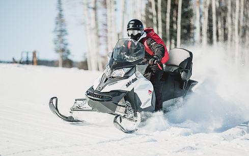 Snomobile Power Sport Racing Across the snow