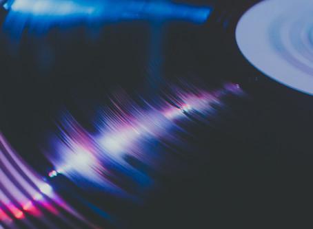 レコードの重さ 【通常盤と重量盤】