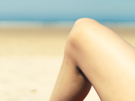 Are there times when you feel that there is stinging pain in your knee?