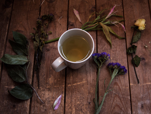 Swapping Your Daily Coffee for Green Tea Can Help You Lose Stomach Fat