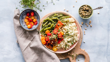 Mediterranean Diet: The Apeiron Life Perspective