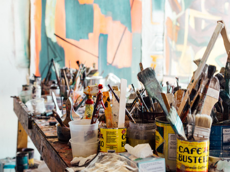 10 Supplies You Need to Start Oil Painting