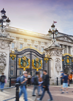A Day Trip in London (a guide to must-see iconic places during your layover or weekend trip)